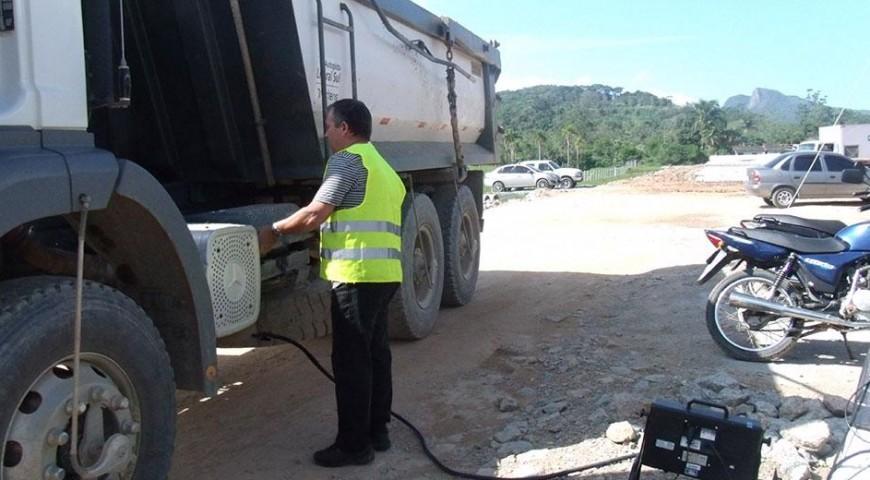 Autopista Litoral Sul faz monitoramento em veículos movidos à diesel.