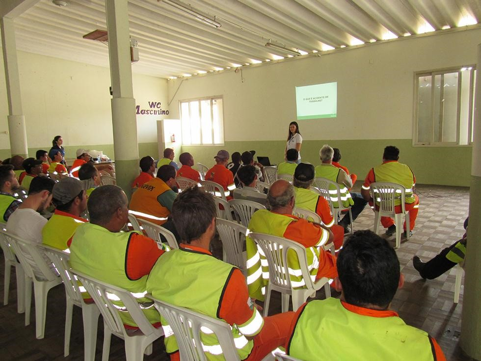 Trabalhadores do contorno recebem treinamento em saúde e segurança do trabalho