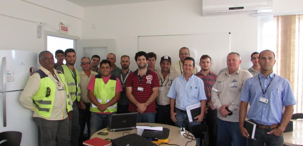 Oficina de gestão de resíduos sólidos capacita equipe da Autopista