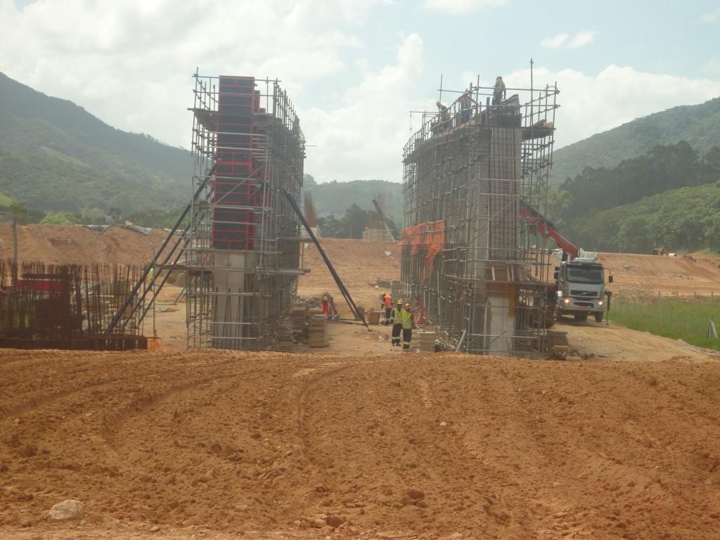 Obras Contorno - Março de 2015