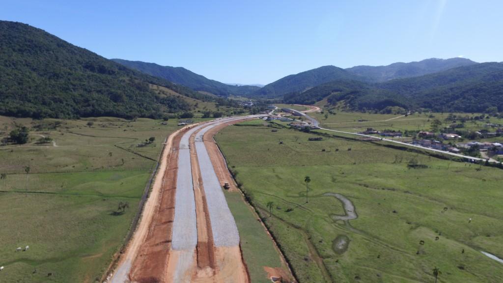 Obras no Trecho Intermediário, em São José - Agosto de 2016
