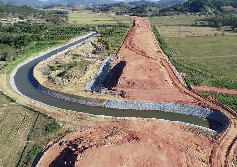 Agosto de 2018- Vista geral - canal do Rio Saudades- Biguaçu