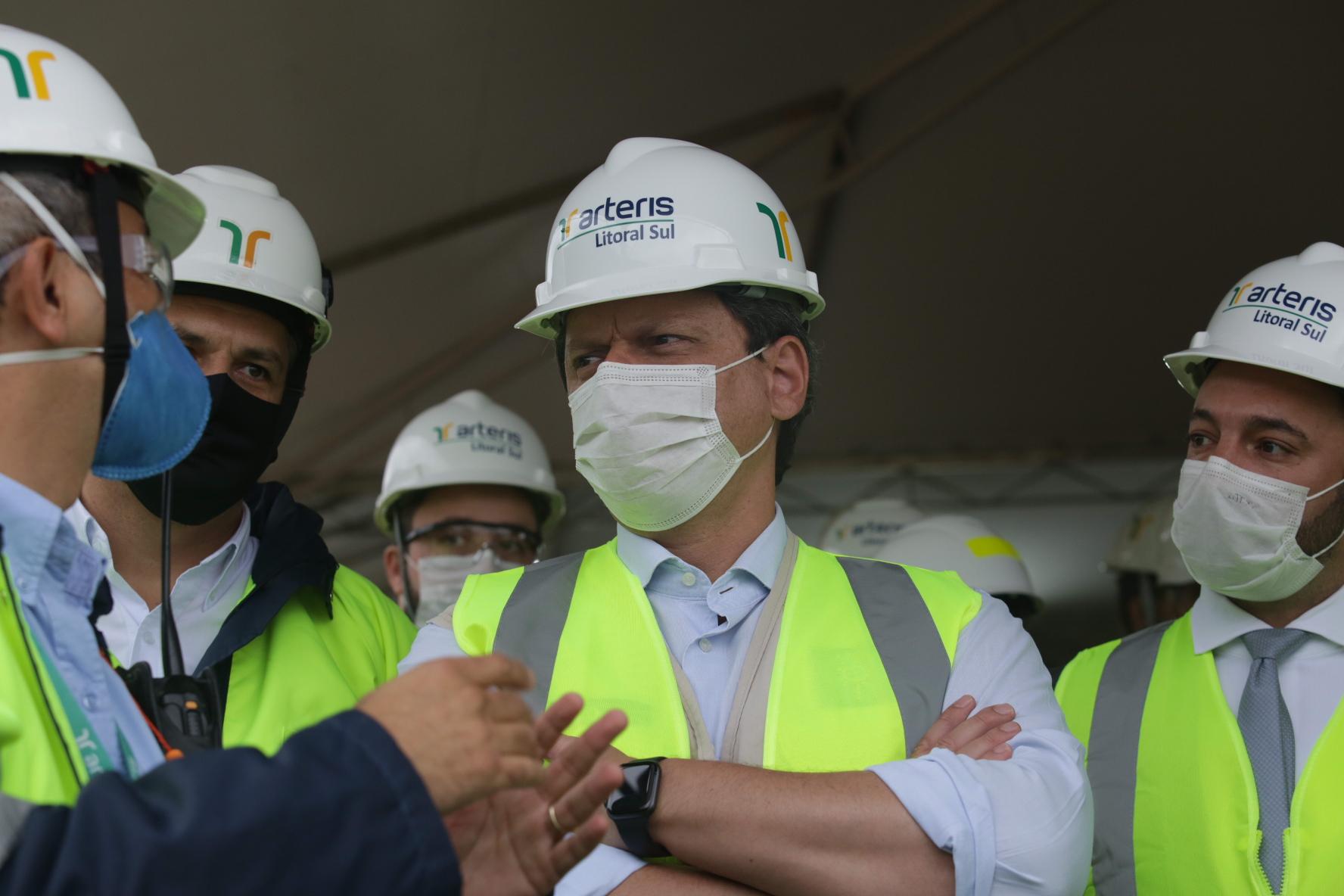 Ministro da Infraestrutura visita as obras do Contorno Viário de Florianópolis